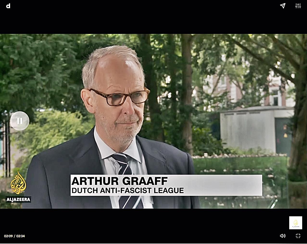 Arthur Graaff tijdens een interview met Al Jazeera